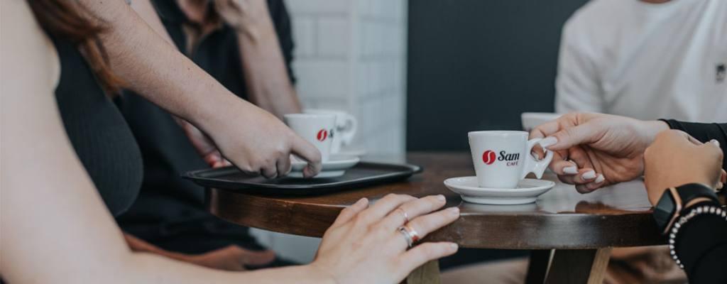 Conquiste seus clientes com café especial na sua empresa